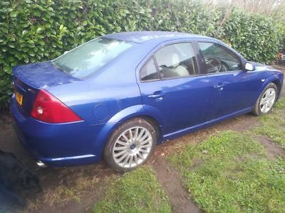 FORD MONDEO ST220 SALOON...A future classic being a saloon...RELISTED YET AGAIN