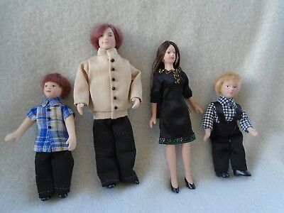 Dolls House Dolls/figures 4 Porcelain 12Th Scale Dolls Mixed Lot