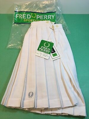 """Vintage 1970s Fred Perry Wreath White Pleated Tennis Skirt MIP England 26"""" new"""