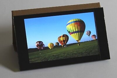 ALBUM portable digital photogallery with 7-inch display