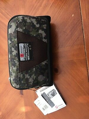 NWT WENGER Swiss Flat Pack Hanging Kit Techno Travel Toiletry Cosmetic Bag Camo