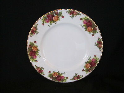 Royal Albert - OLD COUNTRY ROSES - Dinner Plate - Made In England