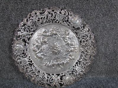 ANTIQUE EUROPEAN CONTINENTAL 800 SILVER REPOUSSE PLATE with CHERUBS