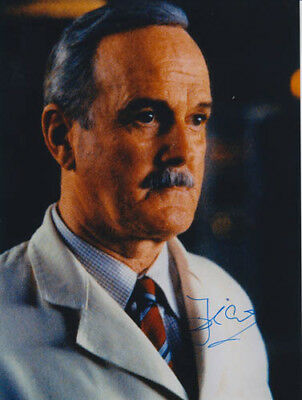 John Cleese 007 James Bond Authentic Autograph As R In The World Is Not Enough