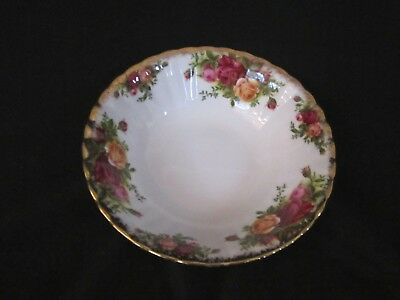 Royal Albert - OLD COUNTRY ROSES - Soup or Cereal Bowl - Made In England