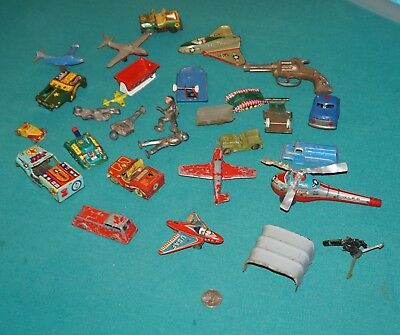 Vintage Lot Of 25 Litho Tin Toy Vehicles & Parts What You See Is What You Get.
