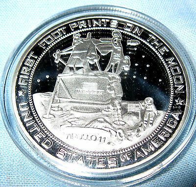 Moon Landing Silver Coin Full New Blue USA beat USSR in Space Race Astronomy UK