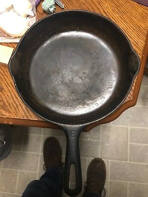 Griswold Erie Cast Iron Vintage Antique no. 6 Skillet Frying Pan PN 699 D NICE