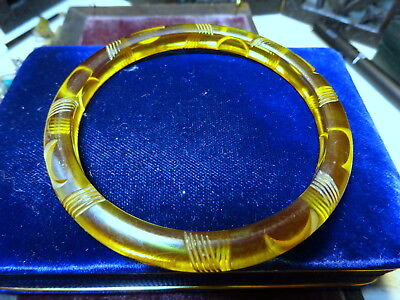 Art Deco Carved Applejuice Bakelite Bangle tested
