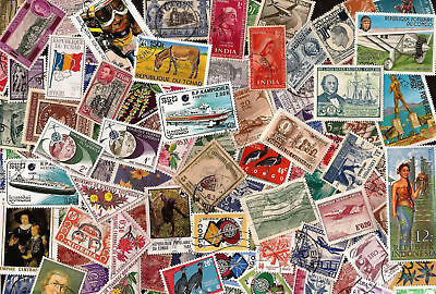 [Lot A] 100 Different Worldwide Stamp Collection (At least 50% Commemoratives)