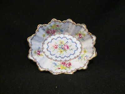 Royal Albert - PETIT POINT - Sweet Dish - Scalloped Oval  - Made in England