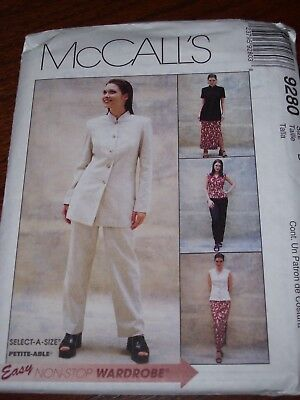 TOPS /& PULL ON CAPRI/'S PATTERN 8-22FF LADIES GREAT FOR TRAVEL McCALL/'S #3245