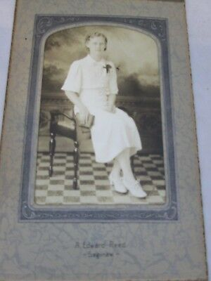 Cabinet Card Photo Photograph Woman Sitting with a Book - A. Edward Reed Saginaw