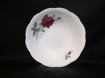 Royal Albert - SWEET ROMANCE - Soup or Cereal Bowl