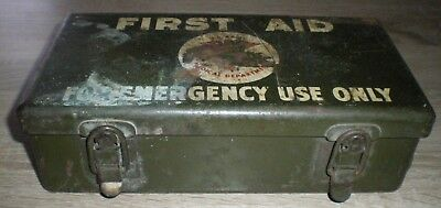 Caisse / Boite premiers secours pour véhicule US WW2 FIRST AID FOR EMERGENCY USE