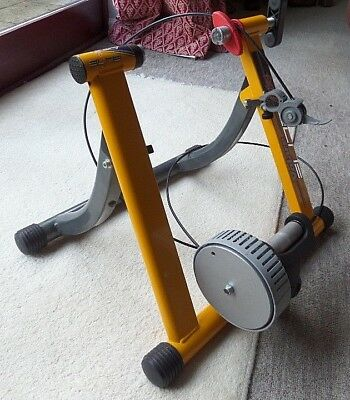 VOLARE ELITE Indoor Cycle Trainer as used by JAN ULLRICH Made in Italy