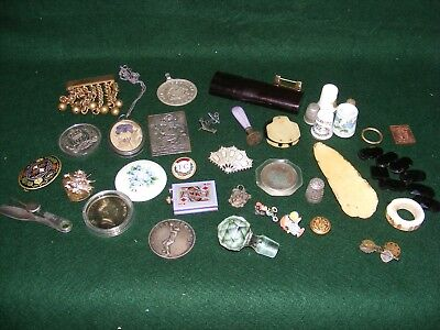 Job Lot Collectables X 35 Pieces Brooch Seal Thimble Jet Pendant Medallion Penny