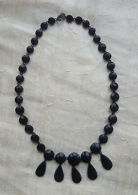 Ancien collier jais
