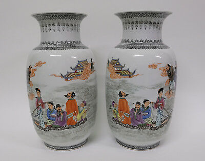 Splendid Real Pair of Chinese Porcelain Polychrome Vases Republic Period