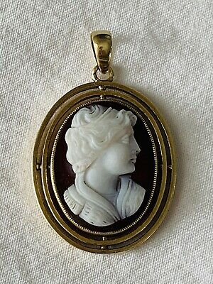 Victorian Solid 15Ct Gold Hard Stone Cameo Pendant