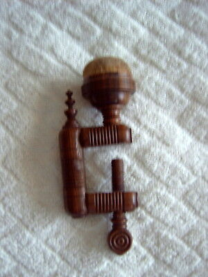ANTIQUE SEWING CLAMP WITH PIN CUSHION - TURNED WOOD - EARLY 19thC - 12cms TALL