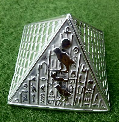 VINTAGE MINIATURE EGYPTIAN SILVER MODEL / SEAL - GREAT PYRAMID OF GIZA, 1.85 ozt
