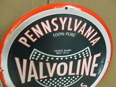 VALVOLINE MOTOR OIL - Gas Station Sign - ROUND DieCut TIN - Old Red Green Colors