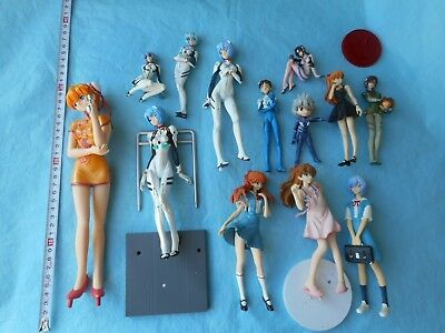 japan figure anime manga Spare or Repair Sold as seen Figure set (Y2 208