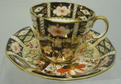 ROYAL CROWN DERBY England  TRADITIONAL IMARI  Cup and Saucer Set