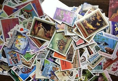 [Lot F] 500 different ALL LARGE/COMMEMORATIVE Worldwide Stamp Collection