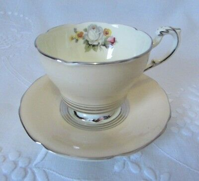 Vintage PARAGON Double Royal Warrant Art Deco Footed Cream Teacup & Saucer