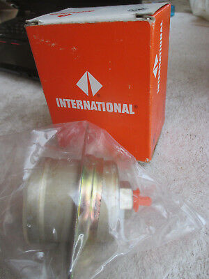 New & Sealed Genuine International 592534C92 Power Divider Actuator Cylinder Kit