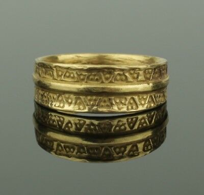 STUNNING ANCIENT VIKING GOLD RING - CIRCA 9th/10th CENTURY  032