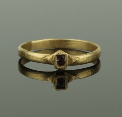 BEAUTIFUL ANCIENT MEDIEVAL GOLD RING - CIRCA 11th/12th Century AD