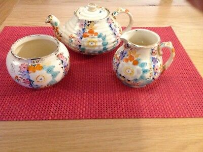 Vintage Radnor teapot, milk jug and sugar bowl