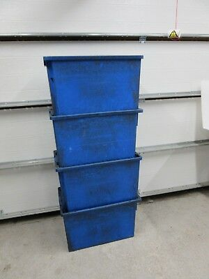4 X LARGE HEAVY DUTY INDUSTRIAL STORAGE CONTAINER / WAREHOUSE PLASTIC BOXES ref2