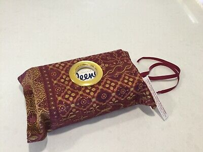 Hang Anywhere Tissue Box Holder  With A Circle Opening, Deep Red/gold (916)