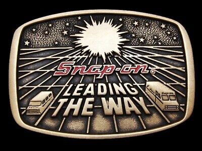 Ll13131 Vintage 1988 **Snap-On** Leading The Way Solid Brass Belt Buckle