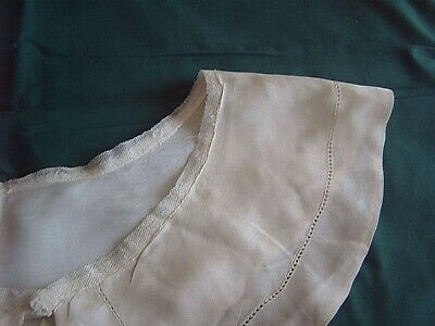 ** Vintage Large Collar - Delicate Fabric - Pulled Work Border  [W]
