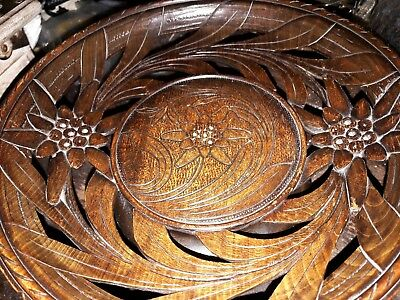 UNUSUAL VINTAGE BLACK FOREST MUSICAL CARVED EDELWEISS TAZZA - 8 inch