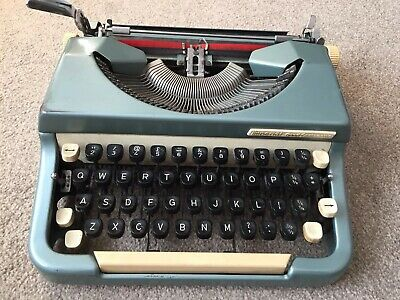 Vintage 1960s Imperial Good Companion Typewriter Model 6 (needs attention)