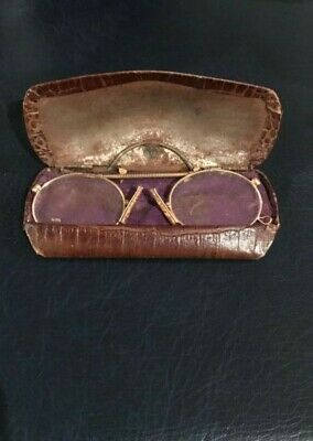 Antique Pince-nez glasses / spectacles . Rolled gold frames . Very theatrical !.