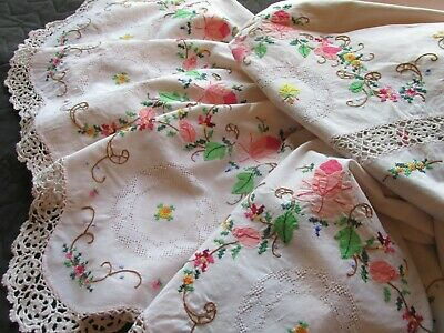 Beautiful Vintage Hand Embroidery-Applique-Crochet Lace Tablecloth/Bed Cover