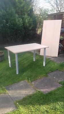 2 office desks £15 and £20 sizes are h28ins w32ins smallone 47ins largerone 47in
