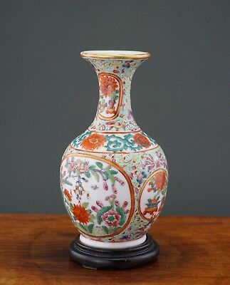 GOOD Antique Chinese Porcelain Famille Rose Flower Vase & Wooden Stand 19th C