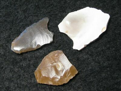 7200Y.O: GREAT 3x ARROW HEAD POINT STONE AGE NEOLITHIC FLINT LINEAR POTTERY CULT