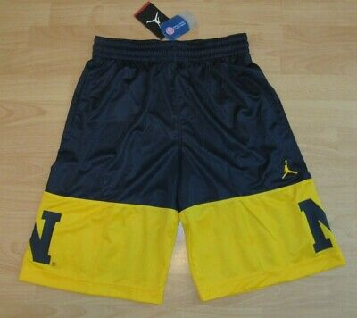 ce8698fc4c2a Air Jordan Michigan Wolverines Lightweight Basketball Shorts size Men s  Medium