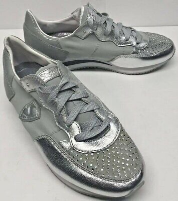 d1a86ab8b527 SKECHERS Originals Woman s Retro CRYSTAL CUTIE SILVER Sneakers SZ 6.5  W defect