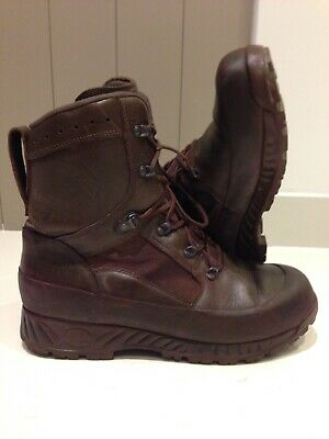 Size 12 W genuine brown combat high liability haix boots!Excellent!hardly Worn!