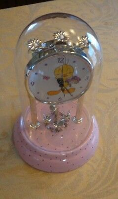 Bouquet of Tweety Bird Anniversary Clock ~ Usable/Works & Good Condition